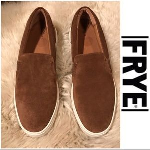 🍂🍁FRYE wood oiled suede ivy slip on sneakers🍁🍂